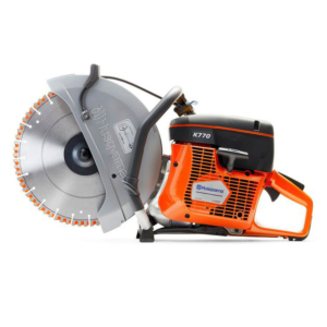The Husqvarna K 770 is a powerful all-round power cutter equipped with semi-automatic SmartTension™ system allowing for optimal power transmission, minimum wear and maximum belt life. The light weight, outstanding power-to-weight ratio, reliable start and